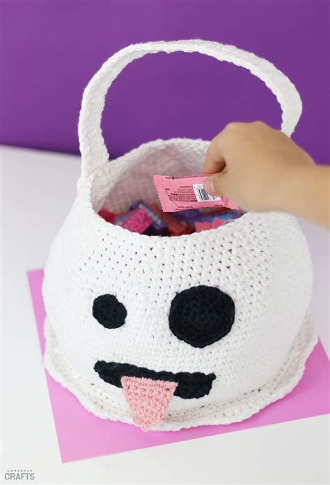 halloween crochet ghost bag  pattern consumer crafts