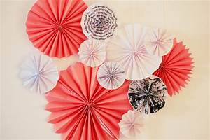 Papier Selber Machen : diy papier rosetten papierf cher selber basteln ~ Lizthompson.info Haus und Dekorationen