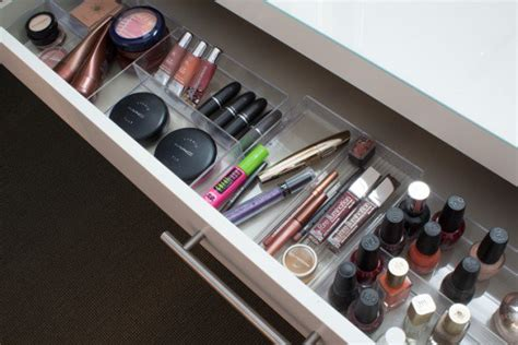 20+ Clever Makeup Organizers & Storage Ideas For Small Spaces
