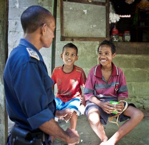 Feto Bonita E Timor Leste Santuario Nasional Nain Feto