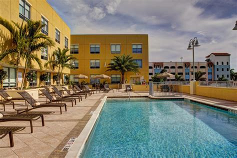 After analyzing 263 cities with over 1,000 households, we've determined these are the. Hyatt Place Delray Beach is a gay and lesbian friendly ...