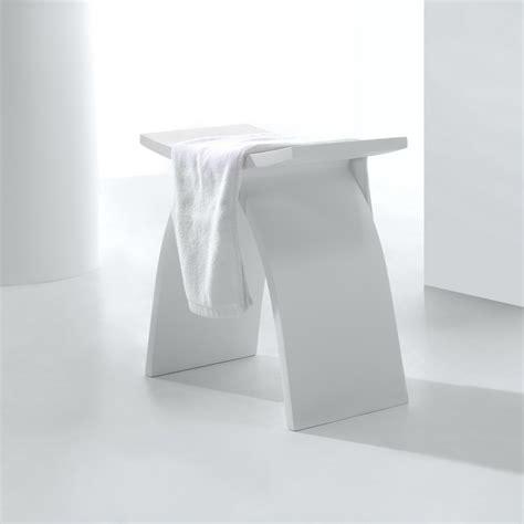 tabouret solid surface blanc min 233 ral tabouret et si 232 ge rue du bain