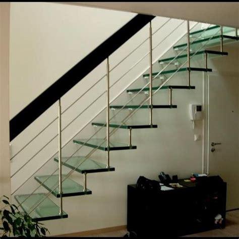 comparatif mat 233 riaux d escalier finition entretien