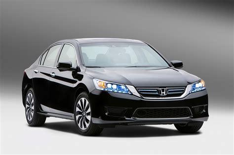 2014 Honda Accord Hybrid Info and Photos