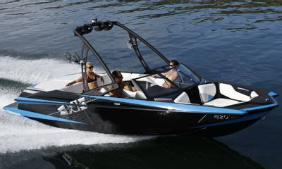 Axis Boats Alberta by 2011 Malibu Axis 20 Buyers Guide Boattest Ca