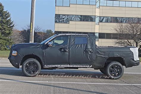 spy shots  ram heavy duty pickup truck  sighting
