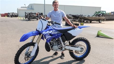 he bought a brand new 2018 yz250 2 stroke youtube