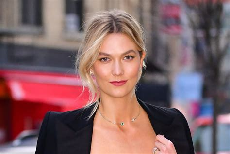 Karlie Kloss Top Beauty Trick Involves Spoon