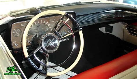 Interior, dashboard & speedometer of a 1959 Lincoln ...