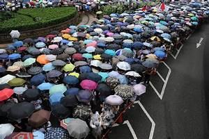 Umbrella Revolution: 20 Colorful Photos of Hong Kong Protest