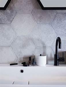Carrelage Mural Hexagonal : 311 best salle de bains buanderie images on pinterest ~ Carolinahurricanesstore.com Idées de Décoration