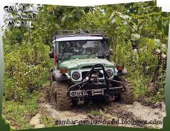 mobil jeep offroad gambar mobil offroad gambar gambar mobil