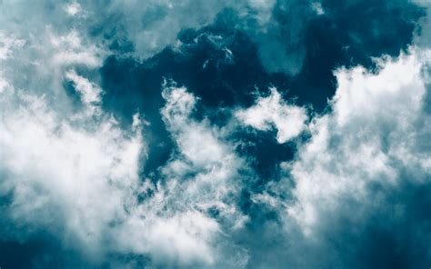 aesthetic blue sky laptop wallpapers