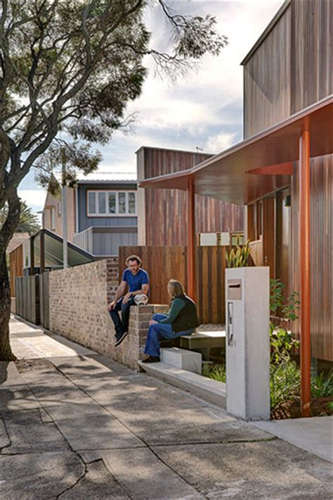 marrickville courtyard house   subdivision  doesnt dominate