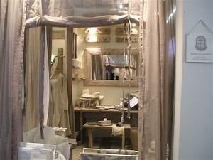 Objet Deco Salon : decoration de charme au salon maison et objet le temps vagabond ~ Teatrodelosmanantiales.com Idées de Décoration