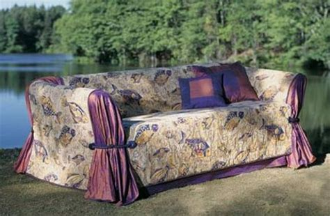 How To Make A Loveseat Slipcover by Home Dzine Craft Ideas How To Make A Sofa Slipcover