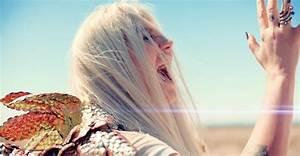 """Kesha's """"Praying"""" Lyrics Are So Emotional"""
