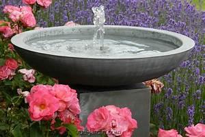 Fontaine Circuit Fermé : parma zinc de terra cotta d 39 arte fontaine sur piedestal ~ Premium-room.com Idées de Décoration