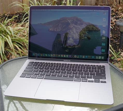 apples   macbook air   excellent laptop