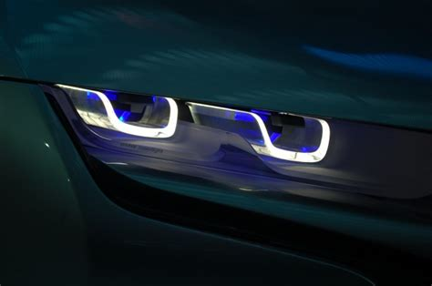 bmw i8 laser lights bmw now developing production laser headlight tech