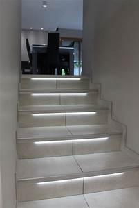 les 25 meilleures idees de la categorie led escalier sur With eclairage marche escalier interieur