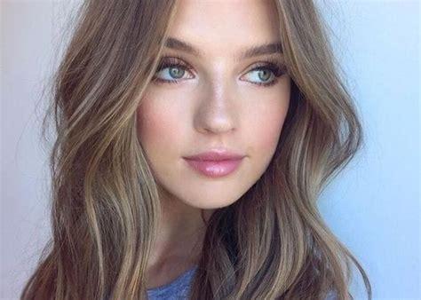 weiblich braune haare braune augen braune haare blasse haut blaue augen braune augen betonen