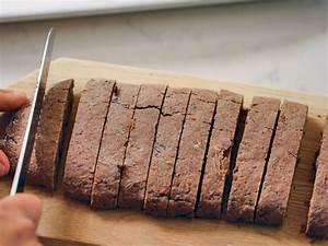 25 Days of Cookies: Tiffani Thiessen's chocolate biscotti ...