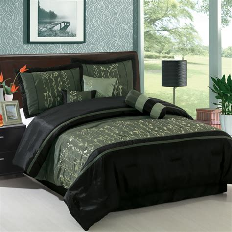 black and green comforter casual style look bedroom with