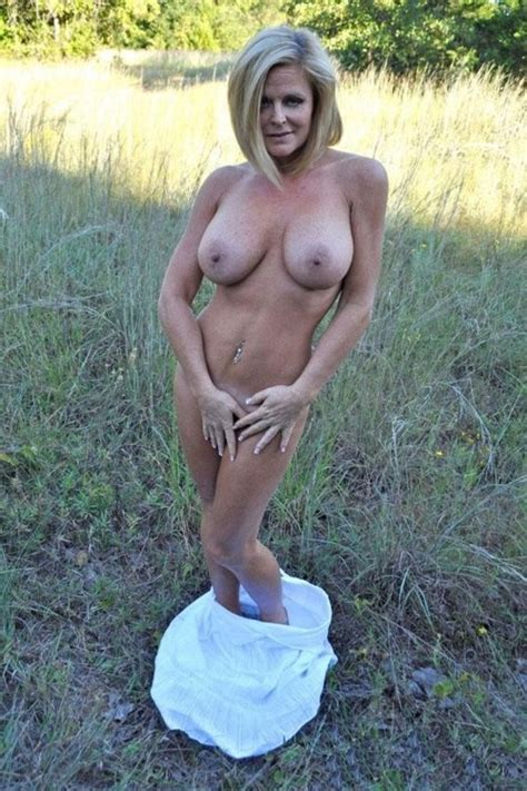 outdoor milf milf sorted by position luscious