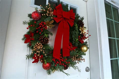make christmas wreath how to make a quot gourmet quot homemade christmas wreath simple advent wreath the daring gourmet