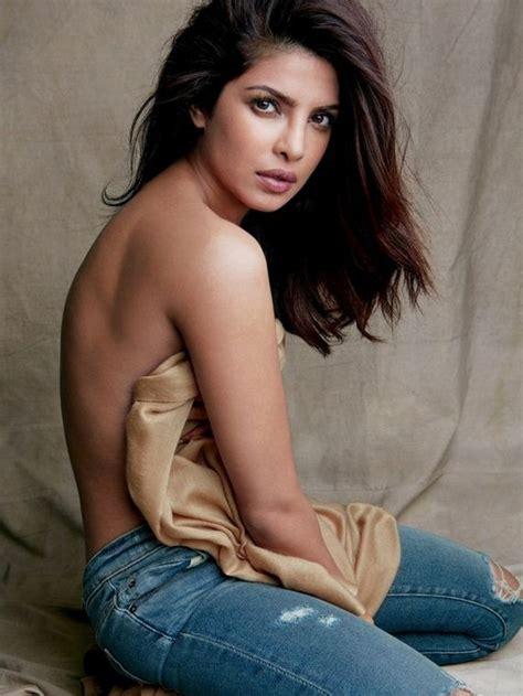 Priyanka Chopra Nude Barnorama