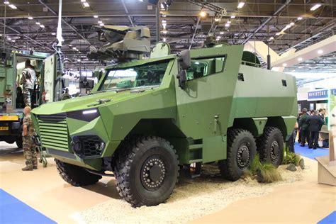 Militärfahrzeuge Der Militär-messe Eurosatory 2016