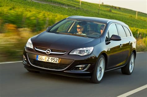 opel astra adds  diesel gm authority