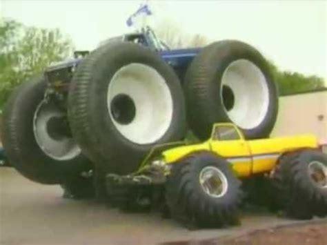 monster trucks you tube videos bigfoot 5 crushing monster trucks youtube