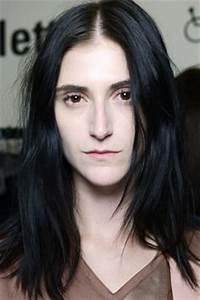 Haarfarbe Für Blasse Haut : wie schminke ich mich bei heller haut beautytipps f r blasse haut beauty trends ~ Frokenaadalensverden.com Haus und Dekorationen