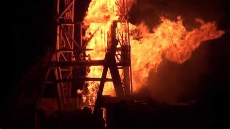 Chesapeake Energy Nomac Rig 17 Blowout Fire - YouTube