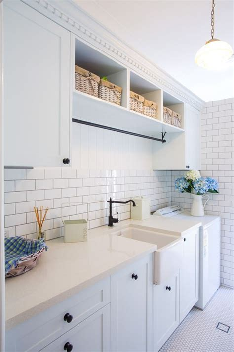 images of kitchen cabinets with hardware 16 best htons style images on hton style 8976