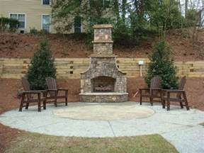 Outdoor Fireplaces Apartments Offers Exquisite