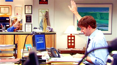 Jim And Pam S High Five From A Distance The Office