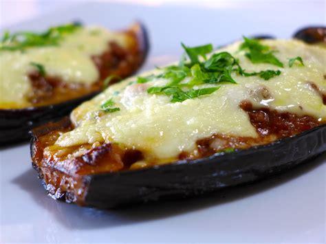 aubergine cuisiner stuffed eggplant recipe melitzanes papoutsakia