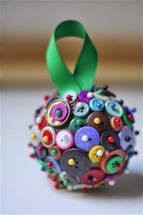 christmas crafts   buttons picturescraftscom
