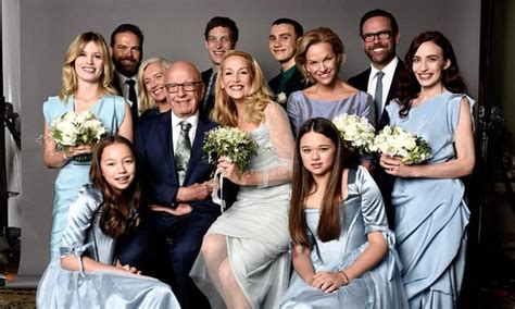 Jerry Hall tweets family photo of her and new husband
