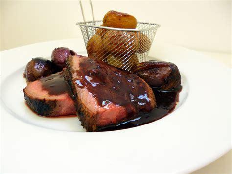 cuisiner un roti de boeuf rôti de bœuf bordelaise la recette facile par toqués 2
