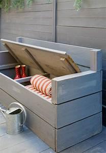 Banc Coffre Bois : voici nos exemples pour un banc de jardin ~ Teatrodelosmanantiales.com Idées de Décoration