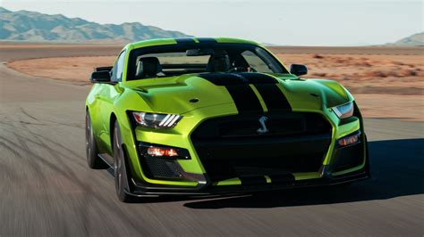 why high performance american muscle cars are still all supercharged