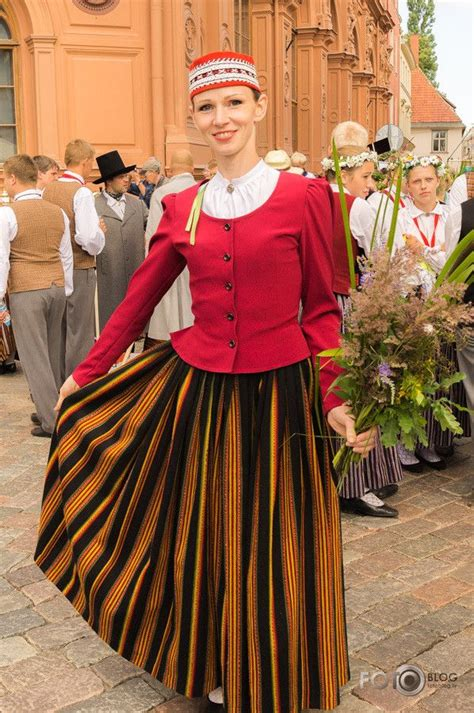 Dziesmu svētki   National dress, Victorian dress, Folk costume