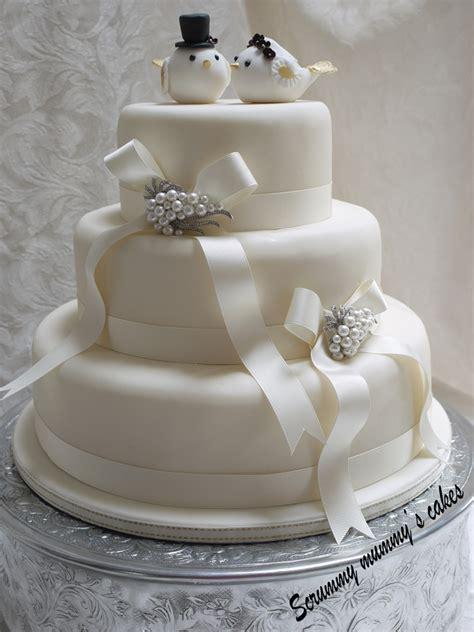 Scrummy Mummys Cakes Lovebirds 3 Tier Wedding Cake