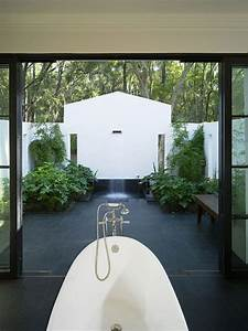 23 exemples inspirantes pour la salle de bain exterieure for Salle de bain design avec décoration noel extérieur jardin