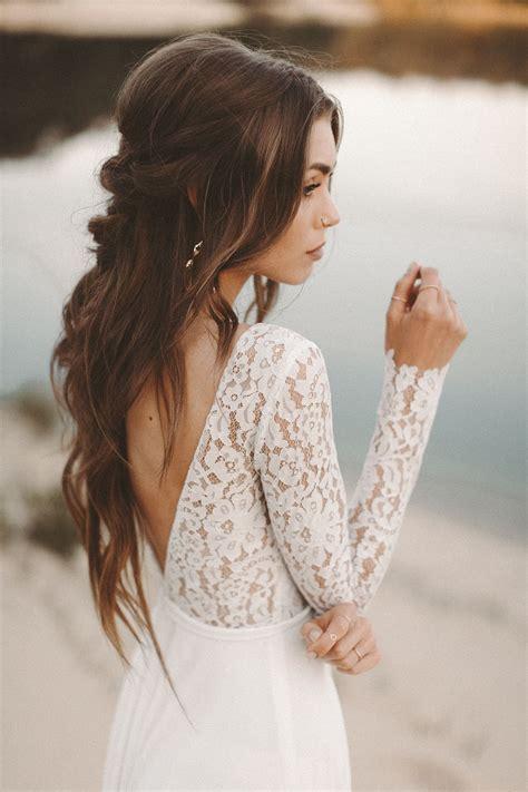 brautkleid mit spitzenaermeln malea wedding ideas