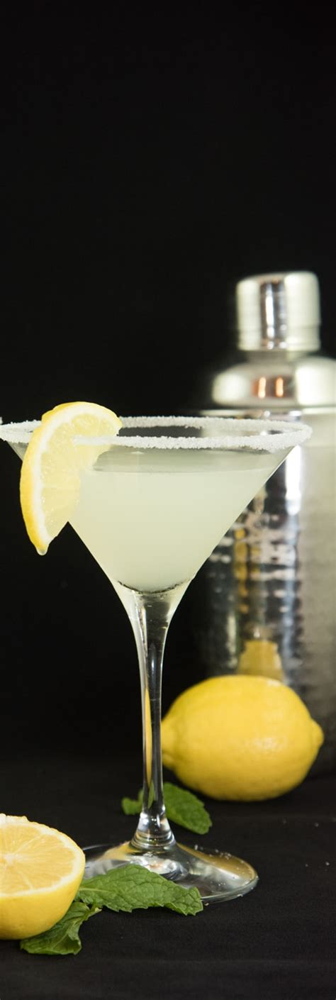 lemon drop martini recipe summer cocktails earth gear